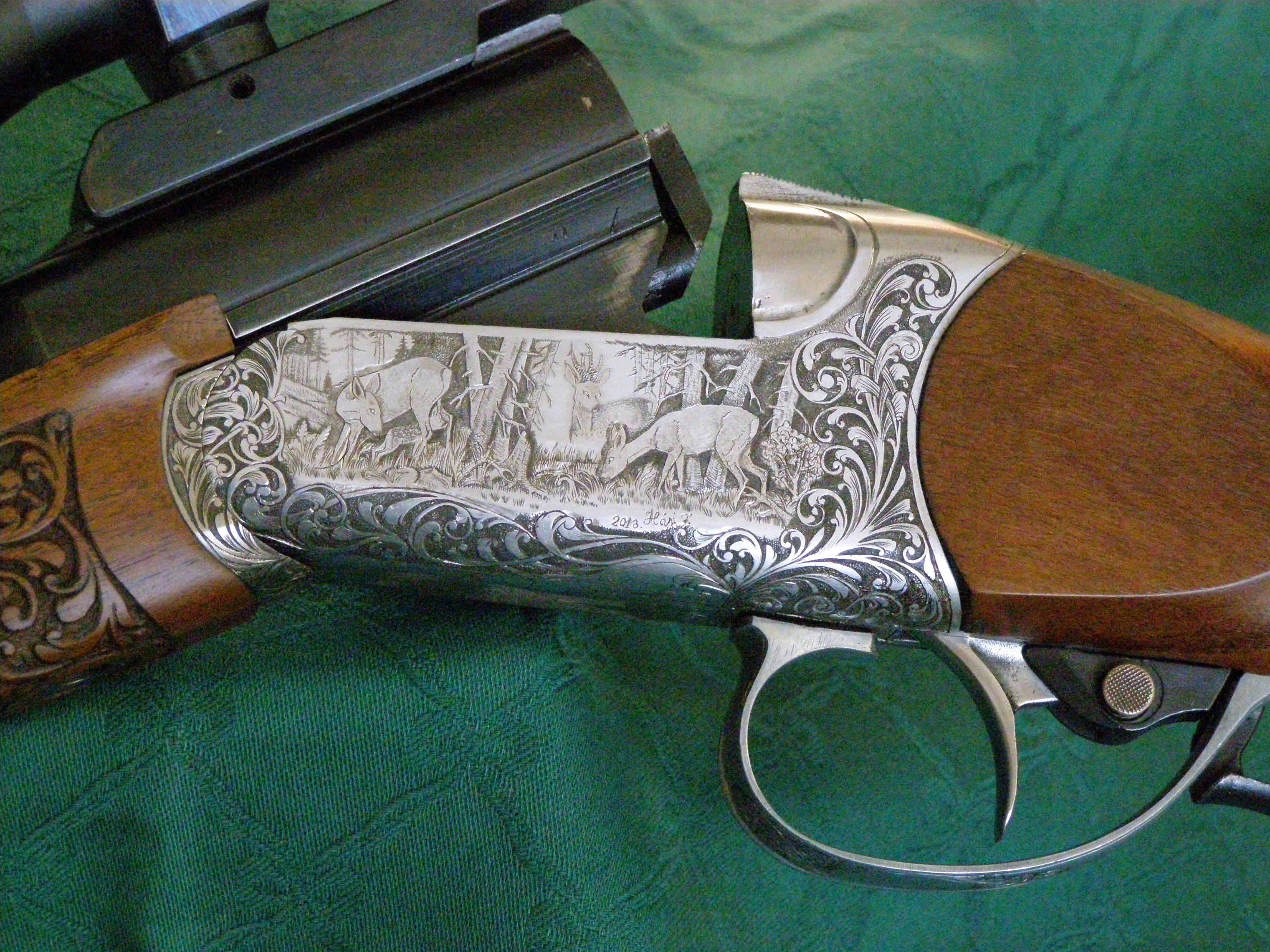 Fegyver vésés - új és használt fegyverek díszítő vésése, markolatlemez készítés